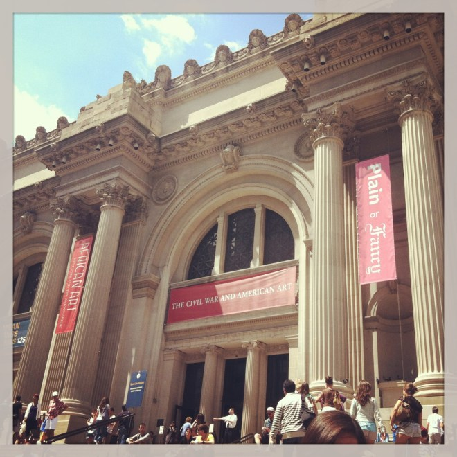 ^^ The Metropolitan Museum of Art steps. Always gorgeous.