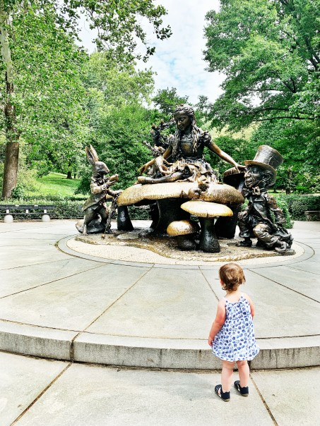 Alice in Wonderland Statue, Central Park
