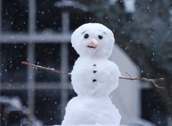 Interesting Snowman Photos Fun Unusual Ways To Build
