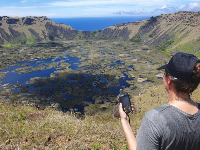 Geocache of the Week Flashback Edition: Rano Kau – Rapa Nui (GC22ZGB)-media-4