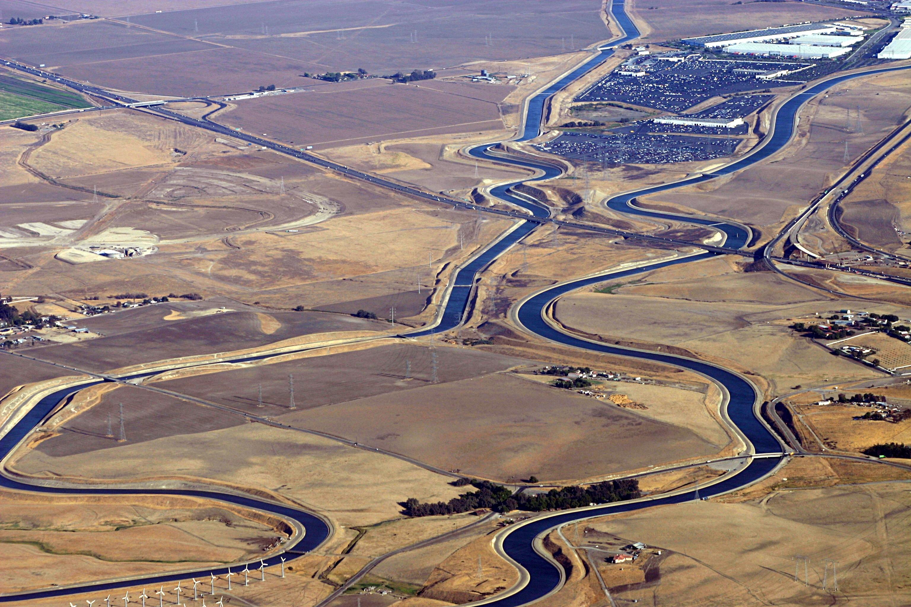 Kluft-Photo-Aerial-I205-California-Aqueduct-Img_0038