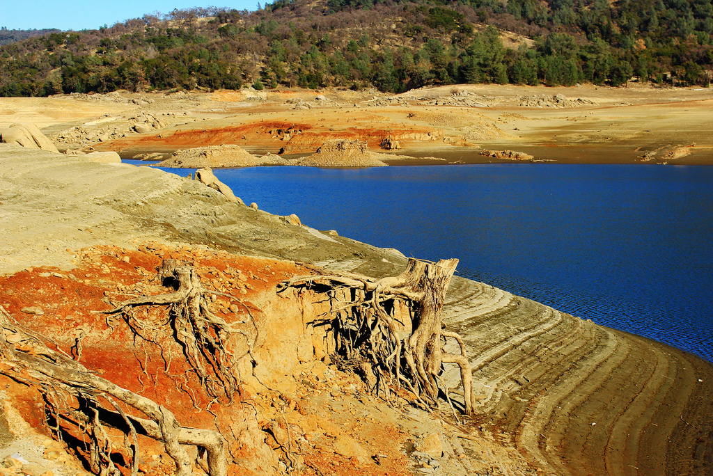 "Extreme low water levels at Lake Oroville, January 2014. Photo courtesy of Weather West member ""TheNothing."""