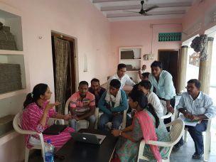 Weaver training session in progress in Cholapur with Weavesmart Team