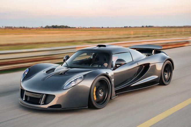 Hennessey Venom GT 2 - TOP 10 historique : La voiture la plus rapide du monde