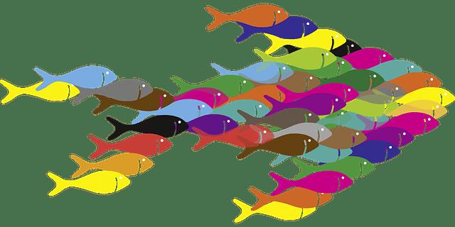 Die Personaler von Unternehmen fischen zunehmend in sozialen Netzwerken nach Fachkräften.