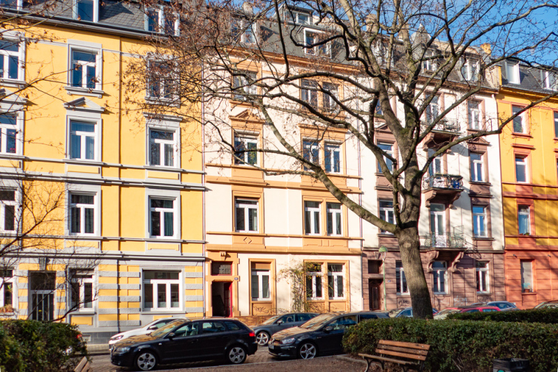 Old style building: Two bedroom apartment in Nordend of Frankfurt