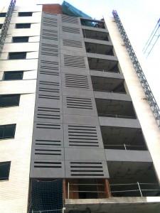 imagen exterior paneles prefabricados de hormigón y ladrillo visto blanco