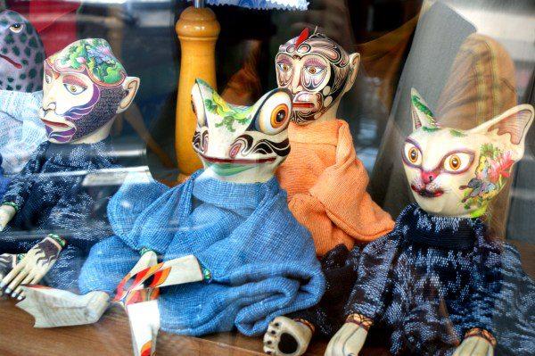 バリ島の人形劇のカエル
