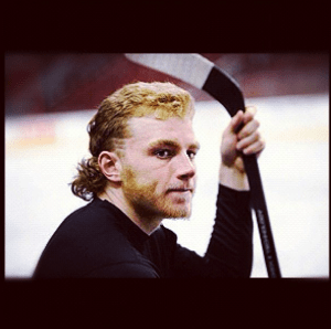 Patrick Kane's infamous 2010 playoff mullet-flow