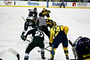 The Michigan Wolverines and Michigan State Spartans faced off at both Yost Arena in Ann Arbor and Munn Ice Arena in East Lansing this past weekend.