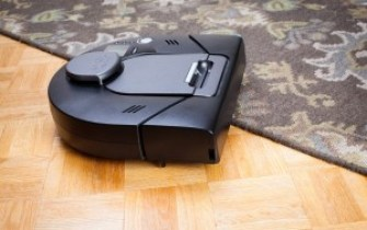 . Neato XV Signature Pro Pet& Allergy Robot Vacuum Cleaner