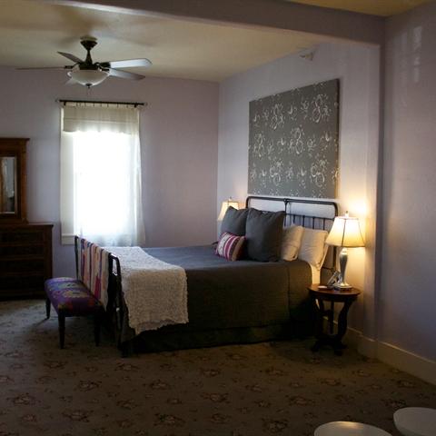 Standard Double Hotel Room in Sutter Creek, CA