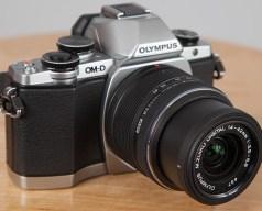 227405 olympus om d e m10 ii - Pilih-Pilih Kamera Mirroless Untuk Para Travelers