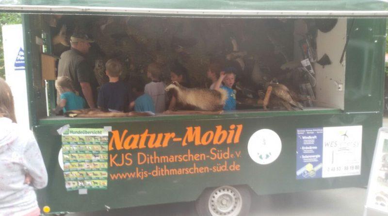 Hegering 9 mit dem Natur Mobil in der Grundschule Helse