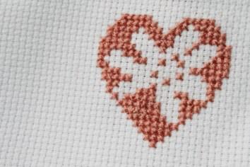 Ein blumiger Gruß von Herzen. Foto: Julia Marre