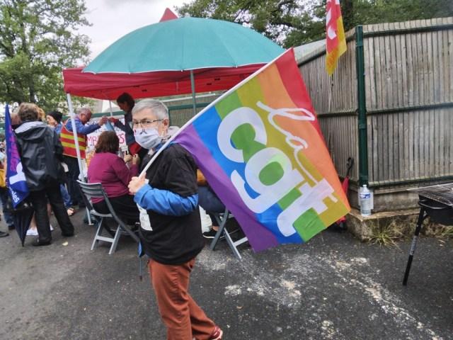 [photos] La grève à l'APAJH du Mas à Targé