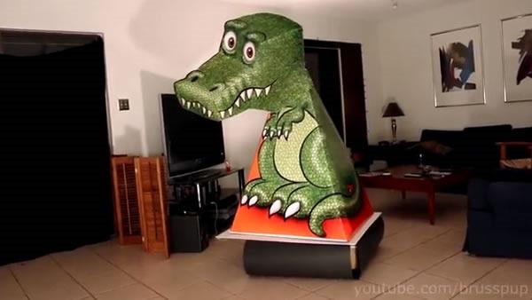 tiranosaurio_rex_de_papel_que_se_mueve_solo_1