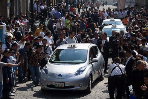 Taxis eléctricos comienzan a circular en la Ciudad de México