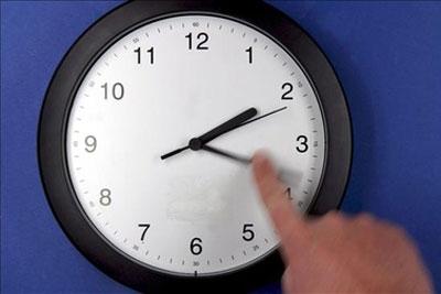 Termina el horario de verano, no olvides retrasar tu reloj una hora - cambio-horario-de-verano-invierno