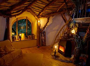Simon Dale construye su propia casa al estilo Hobbit - casa-hobbit