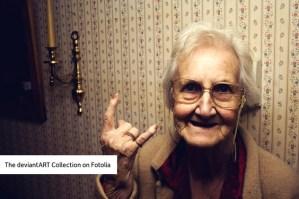 deviantART y Fotolia ofrecen imágenes artísticas para uso comercial a muy bajo precio