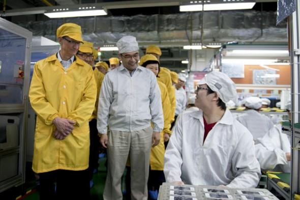Apple y Foxconn aceptan mejorar las condiciones de los trabajadores en China - apple-foxconn-590x393