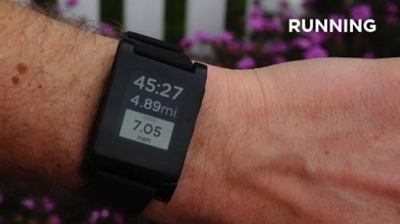 Pebble, el reloj de tinta electrónica consigue a su primer aliado, RunKeeper