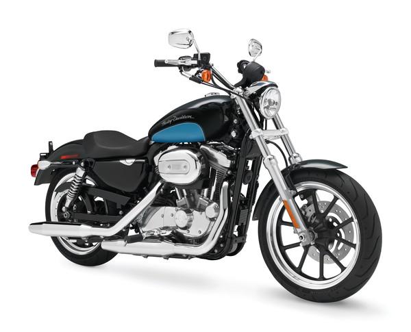Gana un escudo del Capitán América o una Harley Davidson con tu smartphone LG - harley-moto-lg