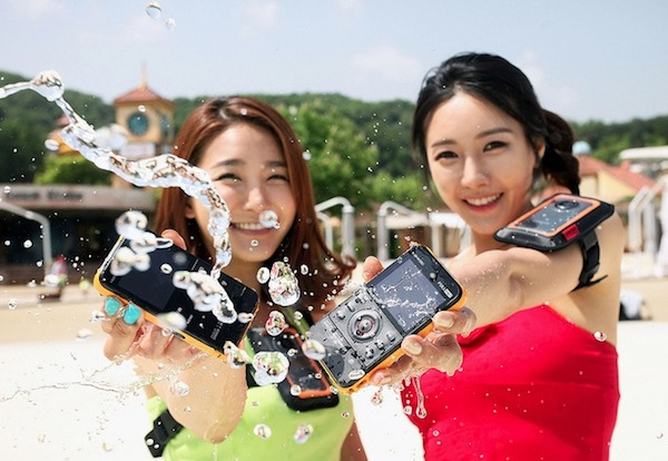 Camara Samung w350 Samsung presenta su nueva videocámara deportiva W350