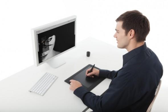 wacom tablet 590x393 Wacom complementa el regreso a clases con diversos productos
