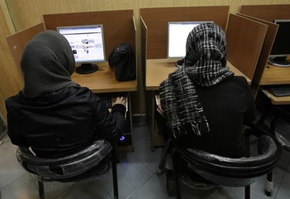 Irán prepara su propia red de Internet doméstica - iran-internet-590x405