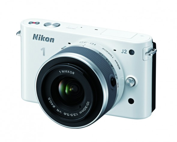 Nikon presenta la Nikon 1 J2 - J2_10_30_WH-590x473