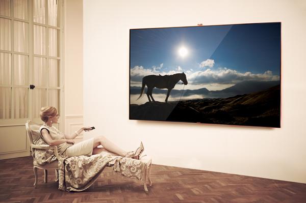 Lanzamiento Samsung Smart TV LED ES9000 Premium - The-Largest_3_low-copy