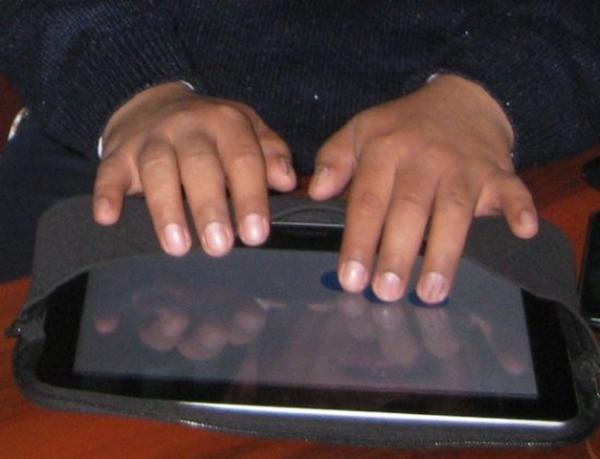 Helena Virtual Assistant, app para personas ciegas gana AppCircus Lima 2012 - helena-virtual-assistant