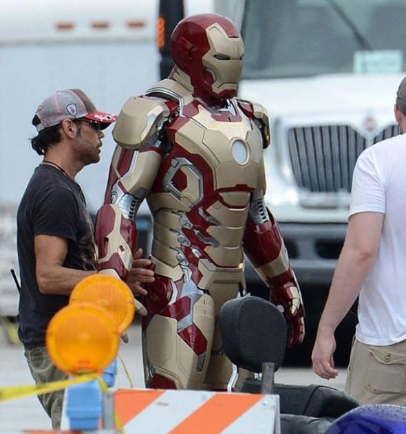 Se filtran mas fotos de la nueva armadura de Iron Man 3 y Iron Patriot - ironman2-590x631