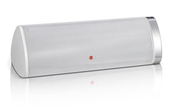 LG presentará poderosos productos de audio y video con funciones Smart TV durante el CES 2013 - Portable-Speaker-NP66301