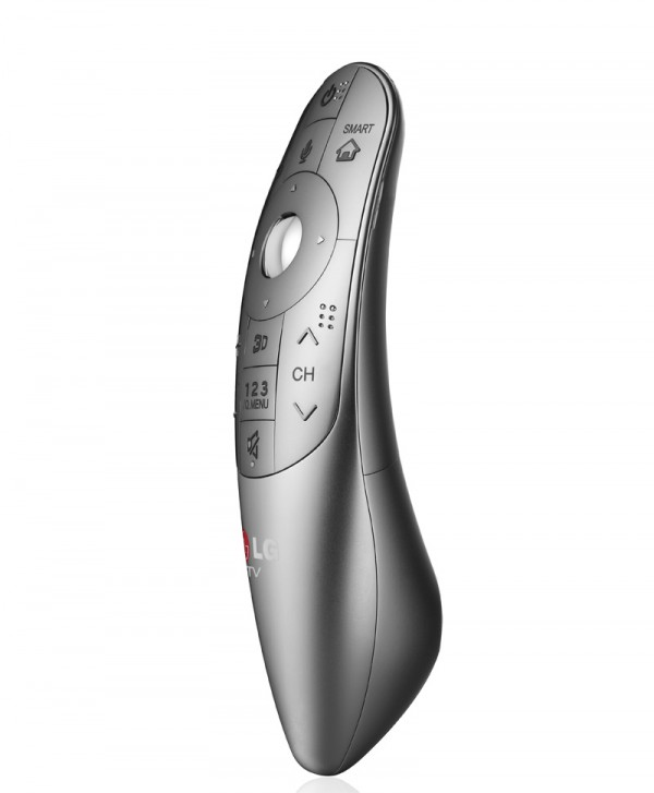 magic remote 600x727 LG presenta su Control Magic Remote con control de voz