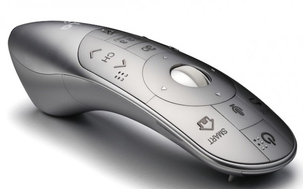 magic remote1 600x376 LG presenta su Control Magic Remote con control de voz