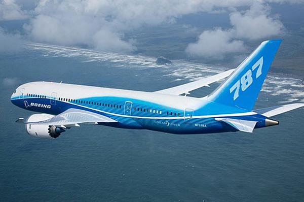 Boeing se compromete a encontrar fallas en los aviones 787 Dreamliner - boeing-787