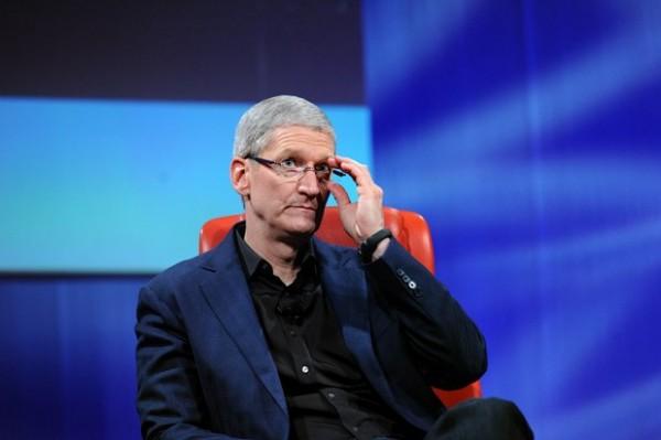 Tim Cook no ve atractivo los Google Glass para el público en general - timcookd114-600x399