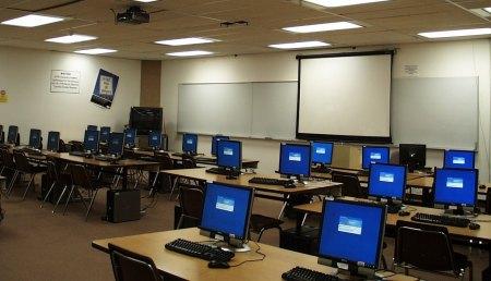 """Norton alerta sobre la importancia de incluir """"seguridad informática"""" en el kit escolar"""