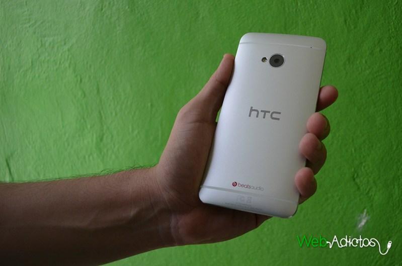HTC One, el mejor smartphone con Android <br > del primer semestre del 2013 [Reseña] - HTC-One-8