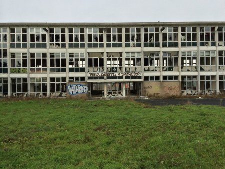 Fabulosos graffitis de Batman encontrados en hospital abandonado