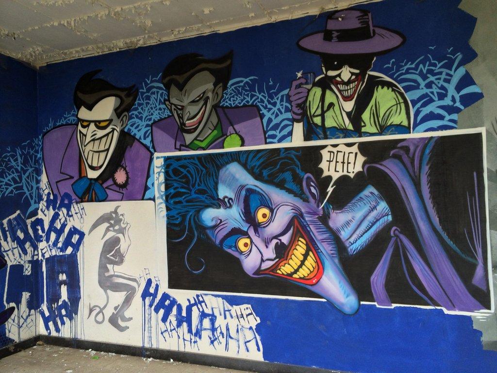 Fabulosos graffitis de Batman encontrados en hospital abandonado - 22