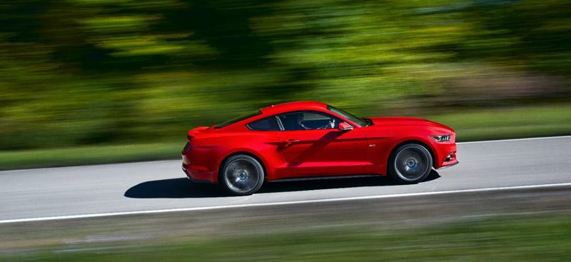 Nuevo Ford Mustang 2015 es lanzado con un nuevo diseño e innovadoras tecnologías - ford-mustang-nuevo