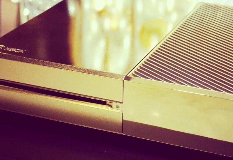 Lujosa tienda en Londres pone a la venta Xbox One bañada en oro de 24 Kilates - xboxgold