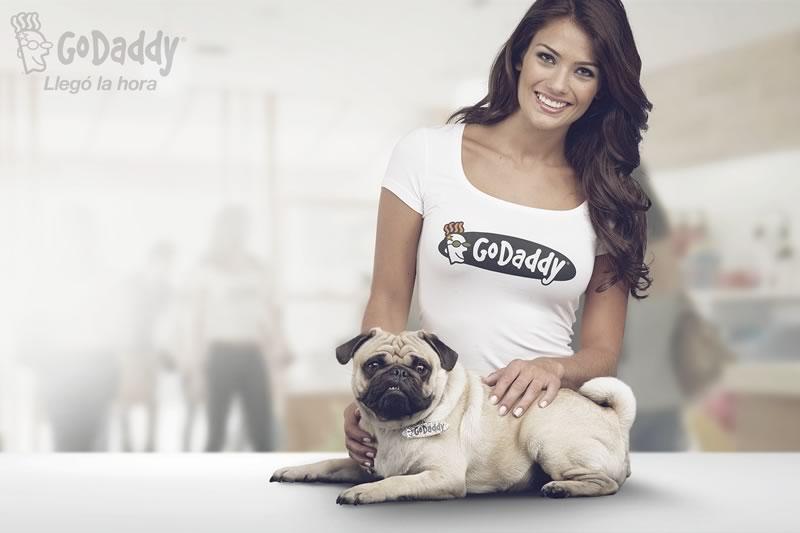 Conoce la nueva campaña publicitaria de GoDaddy para expandirse en Latinoamérica - comercial-godaddy-mexico
