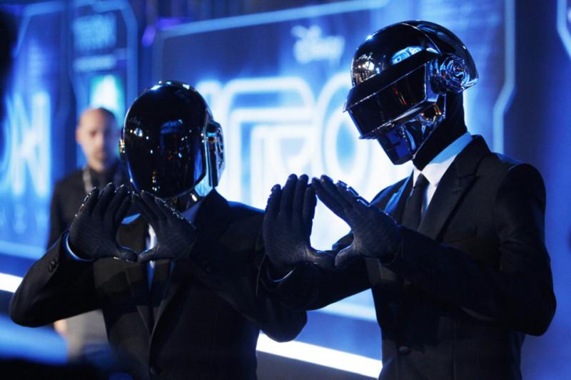 """Daft Punk y Jay Z unen fuerzas en nuevo tema llamado """"Computerized"""" - daft-punk-computerized-800x533"""