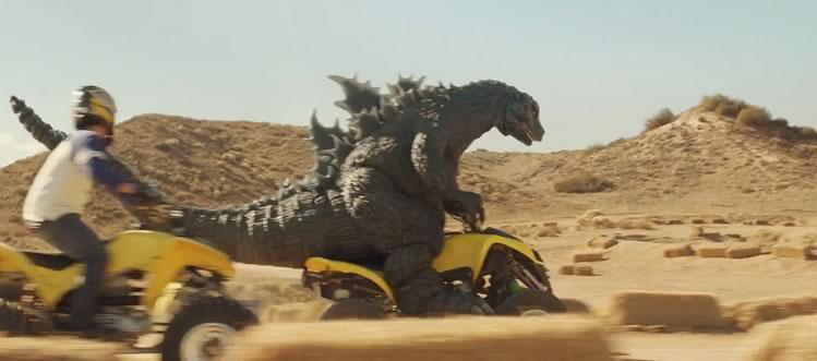 Godzilla protagoniza nuevo comercial de SNICKERS - goodzilla-snickers
