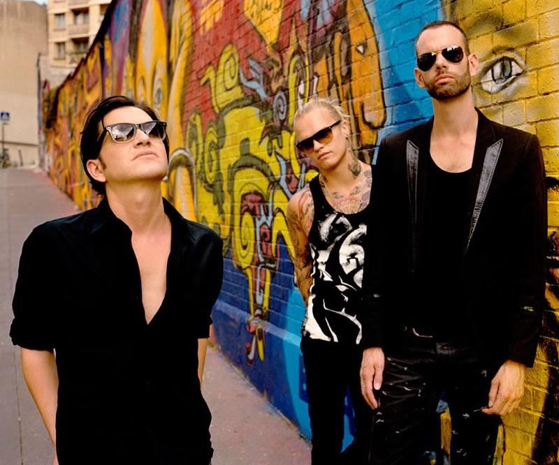 Placebo, Zoé, Enanitos Verdes, Julieta Venegas y más en vivo este Domingo en el Vive Latino 2014 - placebo-vive-latino-2014